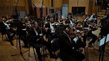 'SÖZ'ün Müziklerini 'Moskow Bow Tie' Orkestrası Yorumladı