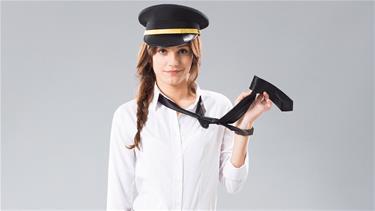 Güzel oyuncu Nilay Deniz, taksi şoförü oldu!