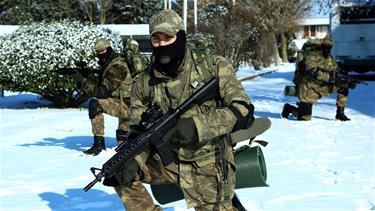 2 Hafta Askeri Eğitim Aldılar