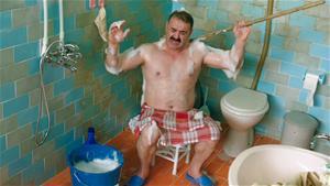Erman Kuzu'nun banyoda soğuk suyla imtihanı!