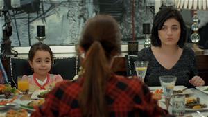 'Zeynep çok şanslı, onu çok seven iki annesi ve iki ailesi var!'