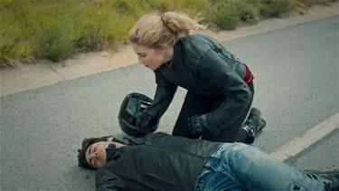 Murat motosiklet kazası yapıyor!
