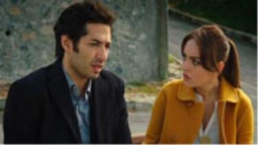 Ali, sırrını Hazal'a anlatıyor!