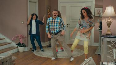 Erman ve Bakiyeden muhteşem dans!