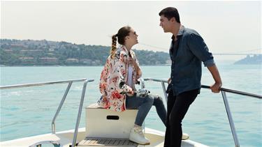 Faruk ve Süreyya'nın Romantik Boğaz Gezisi
