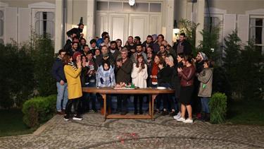 Star'dan İstanbullu Gelin'in Starlarına Tatlı Sürpriz