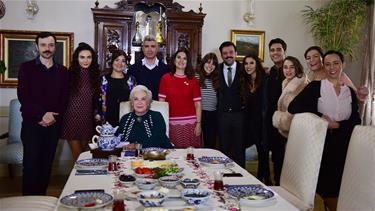 'İstanbullu Gelin' Setine Ziyaret