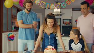 Aylin'e doğum günü sürprizi!