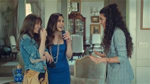 Süreyya ve İpek, Burcu'ya deneyimlerini anlatıyor!