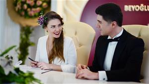 Faruk ve Süreyya'dan Yıldırım Nikahı!