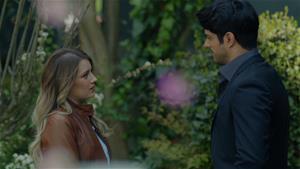 Mercan, Kemal'le vedalaşıyor