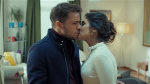 Derya'nın öpücüğü Yavuz'u şaşırtıyor!