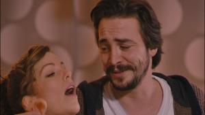 Ahmet Feride'nin en çok neresini seviyor?