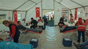 Söz Timi, Türk Kızılayı'na kan verdi!