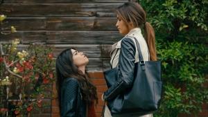 Zeynep ve Zehra'nın düellosu!