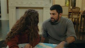 Nare ve Sancar, Melek'in izini bulmaya çalışıyor