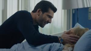 Emir'in annesi uyanıyor