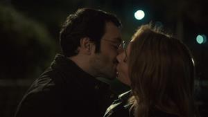 Burcu Tatlıses 'Bir tek seni sevdim'