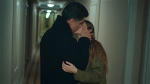 Süreyya ve Faruk'un romantik gecesi!