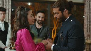 Can, Sanem'e evlilik teklifi ediyor!