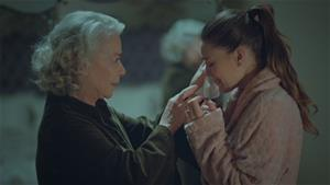 Esma Sultan Süreyya'ya ilk kez annelik yapıyor!