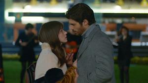 Ferit daha fazla zaman kaybetmemek için Nazlıya evlenme teklif ediyor!