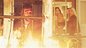 Ahmet Aras'ın Evini Ateşe Verdi