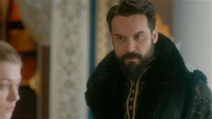 Anna, Sultan'dan uzak durmayı başarabilecek mi?