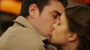Yağız ve Hazan için aşk zamanı! İşte 41. Bölümün nefes kesen finali!