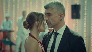 Süreyya ve Faruk'un çok konuşulan dansı!