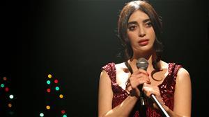 Melike Yalova'dan 'Küçüğüm' performansı!