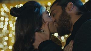 Can ve Sanem'in romantik anları
