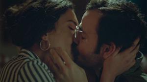 Osman ve Burcu'nun romantik anları!