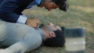 Kemal ve Emir arasındaki hesaplaşma bakın nasıl son buluyor!