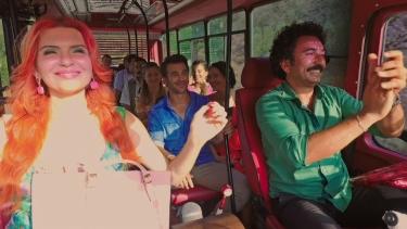 Koptagel'in minibüsünde cümbüş var!