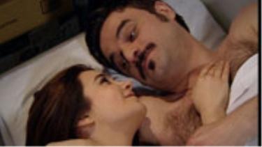 Zeynep ve Cevahir'in romantik yakınlaşması...