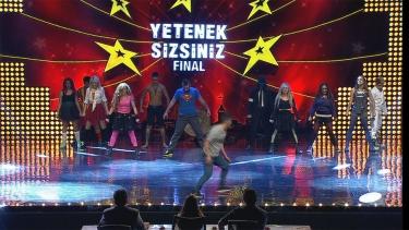İzmir Flashmob'un Final Performansı