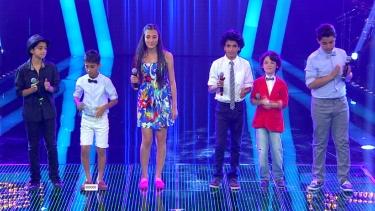 O Ses Finalistleri 'Hayat Bayram Olsa' şarkısıyla açılış yaptı