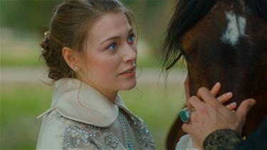 Hünkar, Anna'ya hislerini söyleyebilecek mi?